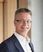 Dr. Kai Schiefelbein