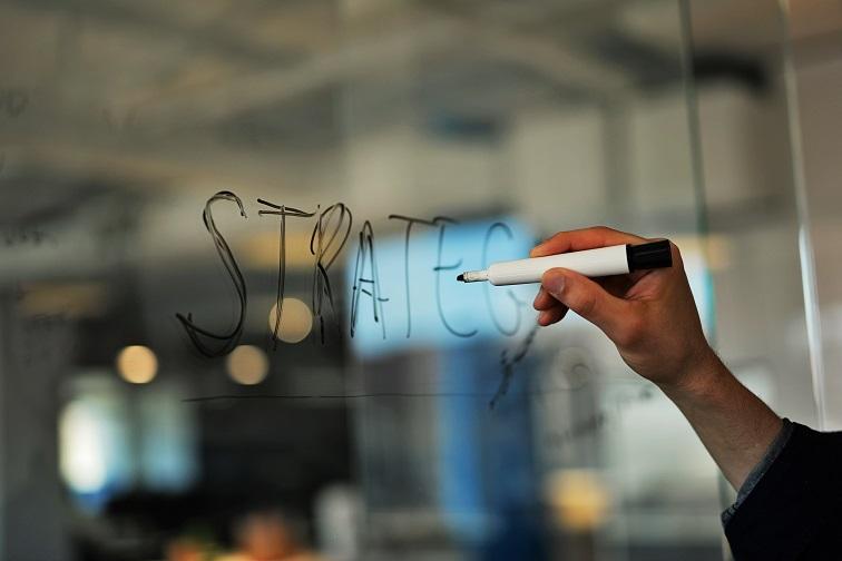 Digitale Plattformen: 6 strategische Optionen für Unternehmen